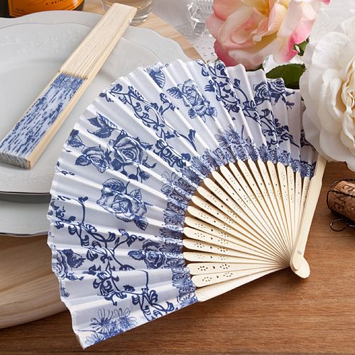 Blue Fan Favour Table Gift - Elegant French Country Design in Blue
